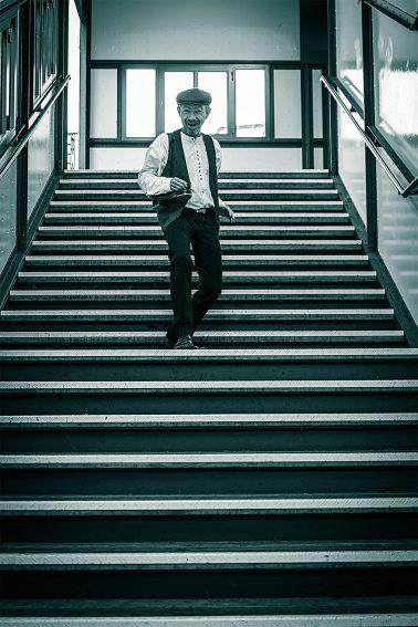 Steptänzer auf Treppenstufen