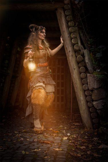 Faun mit Lampe