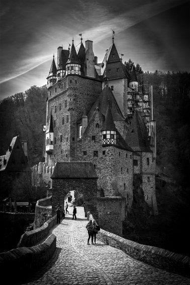 Burg_eltz_01